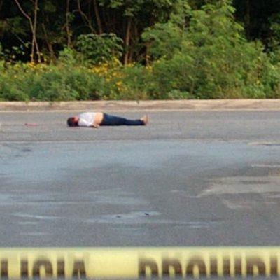 EJECUTAN A OTRA MUJER EN CANCÚN: Sicarios le disparan cuando iba en moto sobre el Arco Vial, a la altura de la SM 254