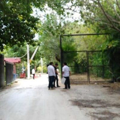 Habitantes de Playa Paraíso buscan amparo para continuar negando el acceso público al mar