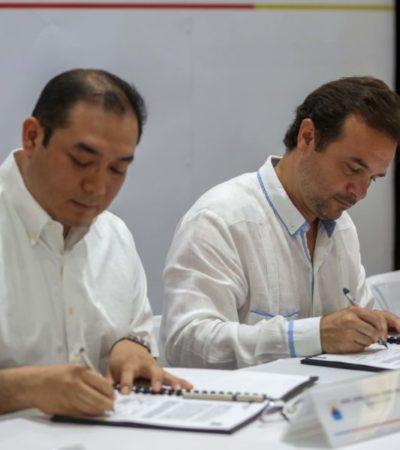 Pedro Joaquín firma convenio de trabajo y mutua colaboración con la Universidad de Quintana Roo