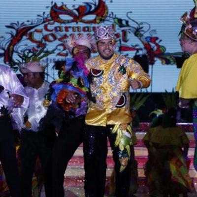 Entusiasta participación de cozumeleños en la 'noche tropical' con el grupo Cañaveral