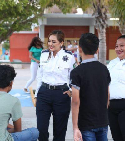 Gobierno de Isla Mujeres imparte pláticas en escuelas para prevenir el delito entre adolescentes