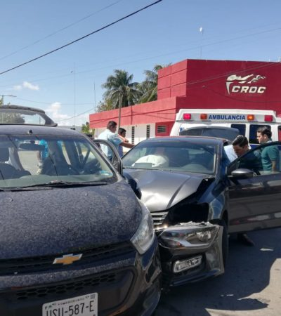 Aparatoso choque deja tres heridos en Chetumal