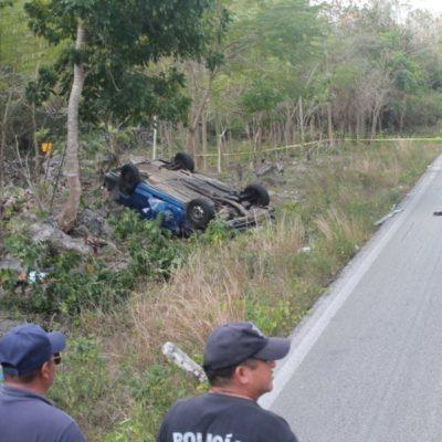 Fallecen dos personas en accidente carretero, en Lázaro Cárdenas