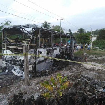TRAGEDIA EN ARROYO NEGRO: Muere familia calcinada en un autobús en OPB