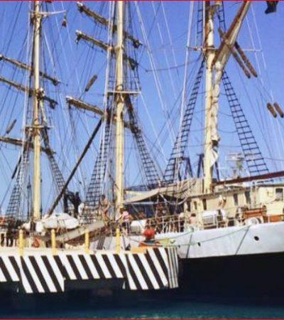 Atraca en Progreso velero escuela en el que viajan estudiantes suecos de preparatoria