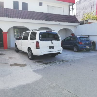 Disparan contra camioneta estacionada en la colonia Ejidal de Playa del Carmen