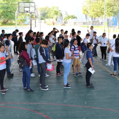 Inician los procesos de admisión en universidades de QR; presentan examen 564 estudiantes en la UT de Cancún
