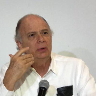 KRAUZE SE VICTIMIZA: Rechaza liderar equipo de guerra sucia contra AMLO y delata a 'un amigo'