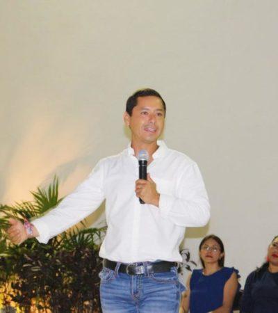 Denuncia alcalde de Campeche desvío de recursos estatales para montar campañas contra opositores