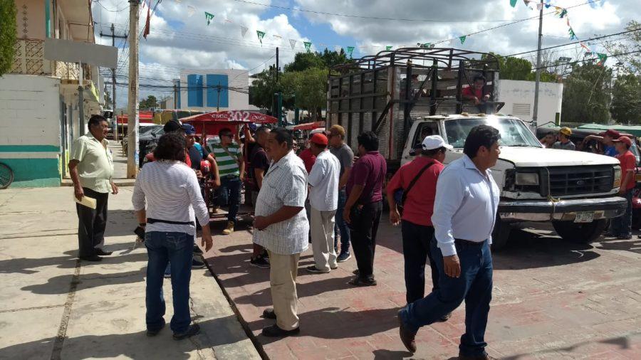 conductores de mototaxis en José María Morelos, piden aumento del 10 o 15 por ciento de las tarifas, debido al precio alto de combustibles