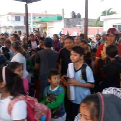 Padres piden destitución de directora de primaria en Chetumal