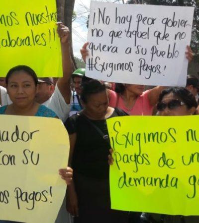 Carlos Joaquín cancela recorrido en la Expomor por protesta de ex trabajadores del Ayuntamiento de José María Morelos