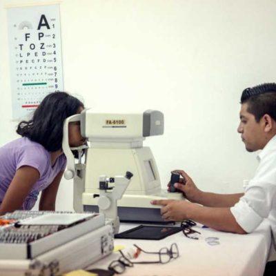 Ofrece comuna de Isla Mujeres test visuales y exámenesprofesionales de la vista a isleños