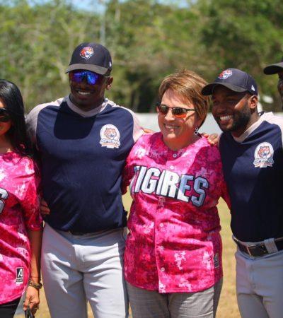 Acude Laura Beristain a juego amistoso de los Tigres de Quintana Roo en Playa del Carmen