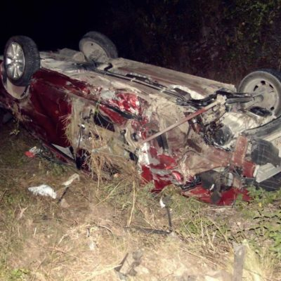 Aparatoso accidentedeja un herido en Carrillo Puerto