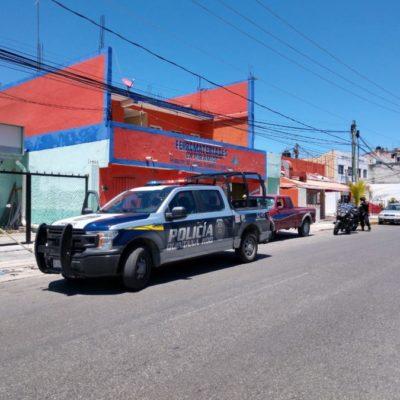 Sujetos armados asaltan ferretería en la avenida Chichén Itzá de Cancún; se desconoce el monto de lo robado