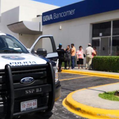 ASALTAN A CIUDADANO ESCOCÉS EN CANCÚN: Despojan a cuentahabiente de 280 mil pesos en el interior de un banco en Plaza Hollywood