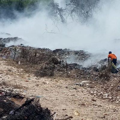 Bomberos de Chetumal logran controlar el incendio en el basurero de la ciudad