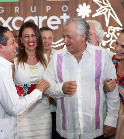 Va Gobernador a Tianguis Turístico de Acapulco y da entrevistas a medios