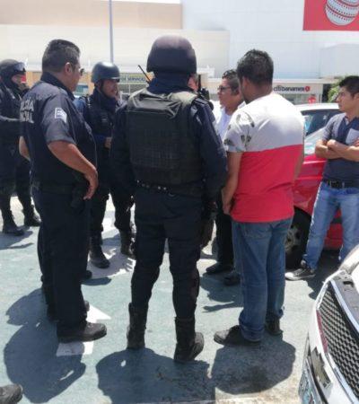 Policía Municipal interviene e impide compraventa de vehículo con placas sobrepuestas en Playa del Carmen