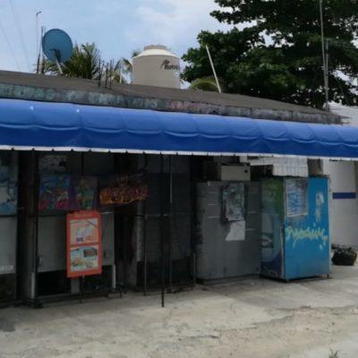 Urge desalojo de ocupantes del ex mercado de la CROC; malvivientes llegan a dormir y consumir drogas, temen por seguridad de las familias vecinas