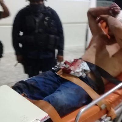 Hospitalizan a joven en Cancún tras severa golpiza
