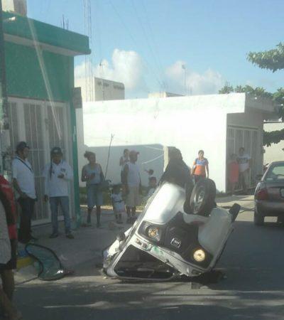 Otro accidente de mototaxi en Villas del Sol; vuelca por querer pasar un tope