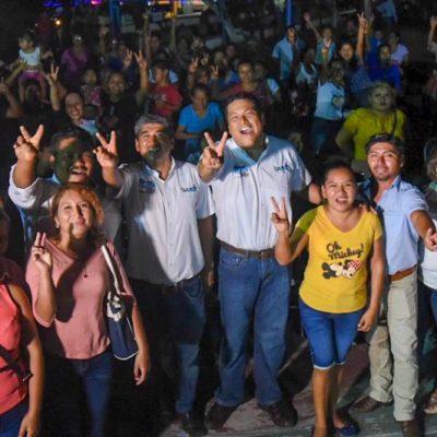 """""""NUESTRA PRINCIPAL CAUSA ES LA GENTE DE OPB"""": 'El Chino' Zelaya muestra músculo en la zona rural de del municipio capitalino"""
