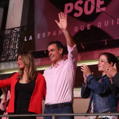 Gana el PSOE elecciones en España, aunque necesitará pactar; el PP sufre una debacle histórica