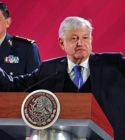 Desestima AMLO opinión de expertos respecto a solicitar a Reforma que revele sus fuentes