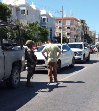 Revisión de empresarios por parte de la Marina, genera caos vial en la avenida Bonampak