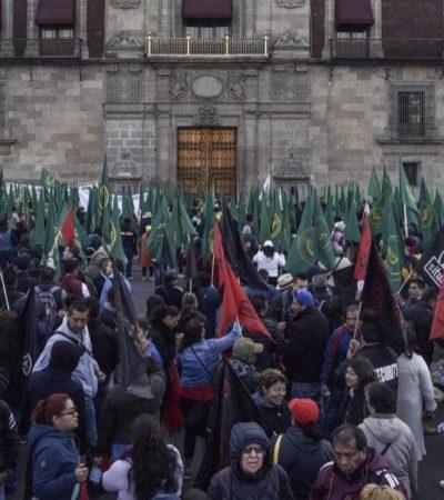 Rechaza AMLO encabezar Día del Trabajo; 'Primero de mayo es un día para la protesta, no para el aplauso'