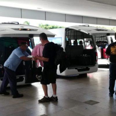 Prevén transportistas despidos por reducción de unidades en aeropuerto cozumeleño