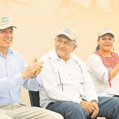Manda AMLO saludo 'afectuoso' a zapatistas que se oponen a proyecto del Tren Maya en Chiapas