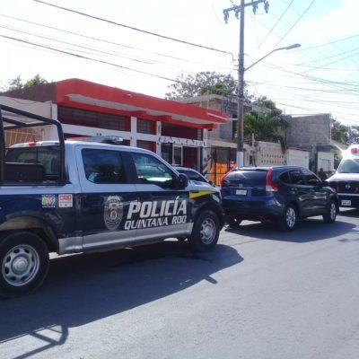 PRELIMINAR | Arrojan a dos personas amarradas de un vehículo en Cancún