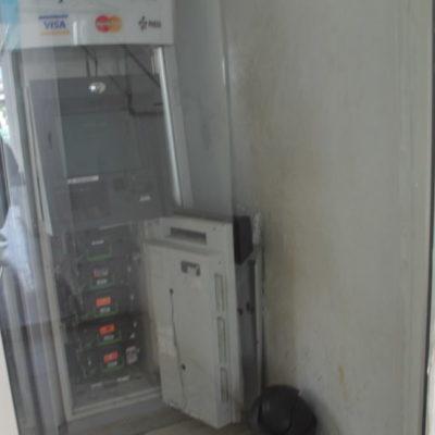 Ante falta de cajeros en Kantunilkín, burócratas y trabajadores deben ir a Tizimin a retirar dinero