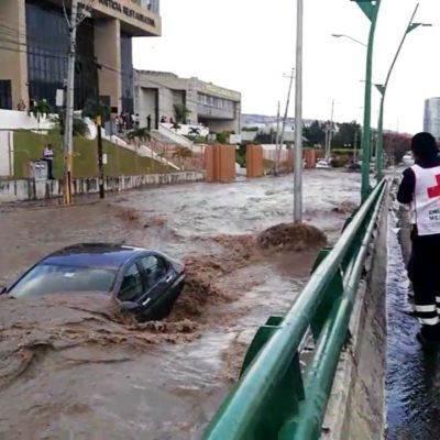 Causa estragos intensa lluvia en Tuxtla Gutiérrez