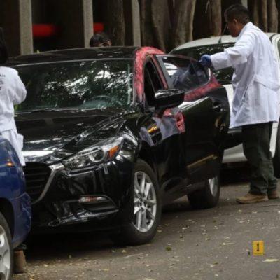 Descartan atentado contra Héctor de Mauleón; trataban de robar su auto y el escolta lo impidió