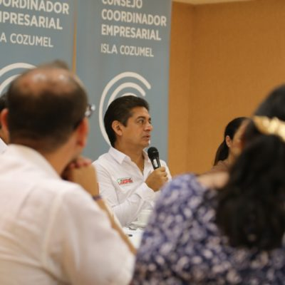 Llama Carlos Hernández a trabajar por un Cozumel más seguro y económicamente fuerte, como antes