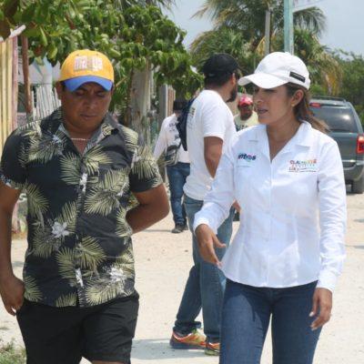 Habitantes de Xcalak dan su apoyo a Claudette González