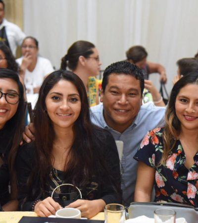 Pide Zelaya votar por un mejor futuro en reunión del Suchaa en honor a las madres