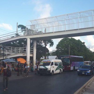 Se reactiva paradero de ascenso y descenso de pasajeros en la avenida Tulum de Cancún