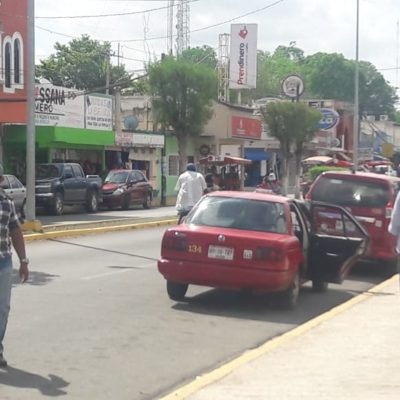 'Corretean' taxistas morelenses a sus pares de Sabán
