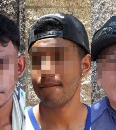 Policía Turística persigue y detiene a tres alpaqueros en Playa del Carmen