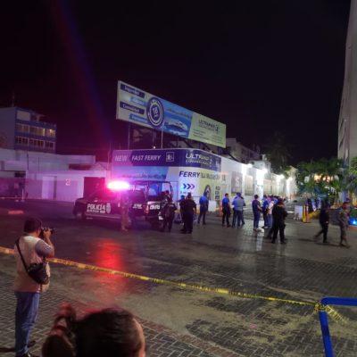 EJECUTADO EN PUERTO JUÁREZ: Matan a balazos a un hombre a un costado del estacionamiento del muelle de Ultramar