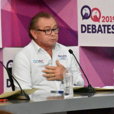 En debate por el Distrito 8, refrenda Panchito Villanueva su compromiso de trabajar en temas como la seguridad, el turismo sustentable, la economía y la sociedad
