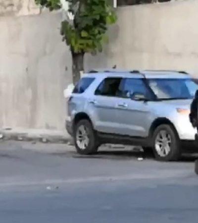 PRELIMINAR | NUEVO INTENTO DE EJECUCIÓN EN CANCÚN: Rafaguean camioneta frente a la estación de Bomberos, en la avenida Chac Mool