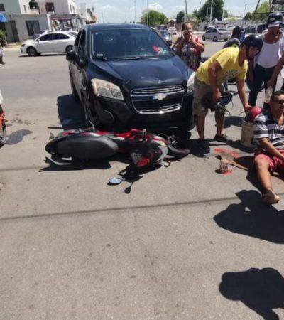 Conductor de camioneta arrolla a motociclista y su acompañante en Chetumal