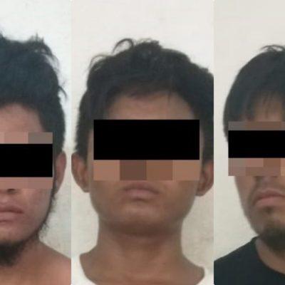Detienen a tres ladrones de turistas en Playa del Carmen