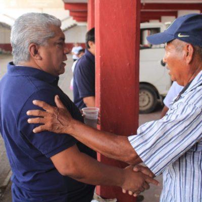 Ofrece Pedro Pérez gestionar mayores apoyos para riego mecanizado